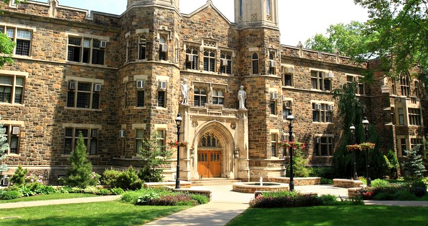 Must-See-College-Campuses